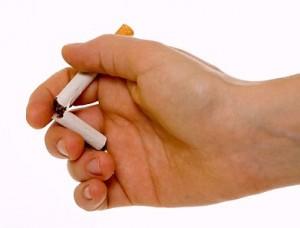 На пути к здоровому образу жизни: милиционеры бросают курить