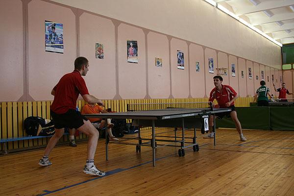 Настольный теннис: на турнире в Толочине победили полочане (+фото)