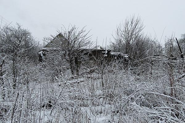 Талачынскія трушчобы: завулак, у якім забуксавала пажарная машына