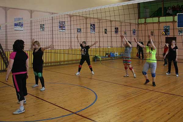 Волейбол: лидерство захватили девушки из Заднево