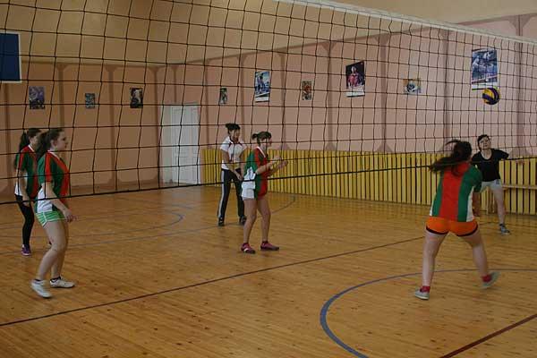 Волейбол: представительницы Заднево упрочили свое лидирующее положение