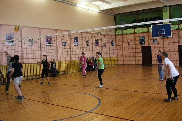 Волейбол: районное первенство среди женщин близится к развязке
