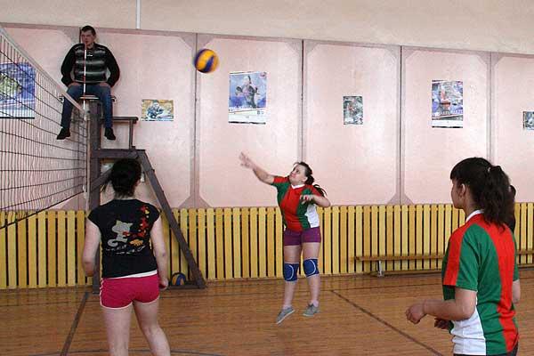 Волейбол: первенство района среди женщин финишировало