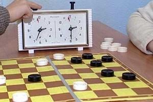 В споре шашистов первенствовали представители консервного завода