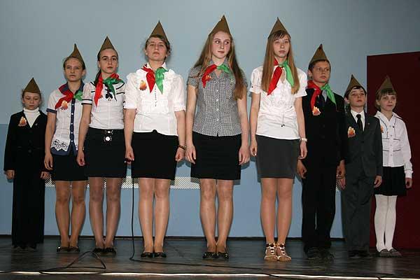Смотр-конкурс пионерских агитбригад прошел в Толочине (+фото)