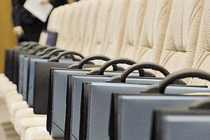 Вновь избранные депутаты приступают к работе