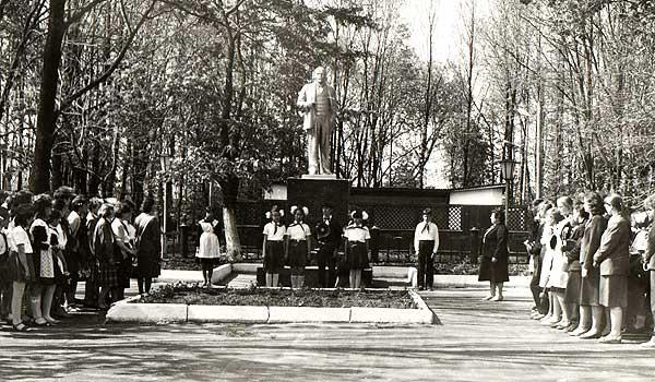Памятник Ленину: надо исходить из принципа, что для всех нас будет лучше
