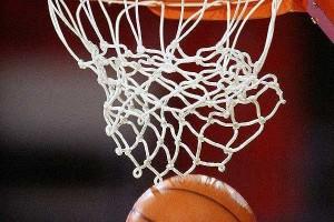 Баскетбол: без поражений только мелиораторы