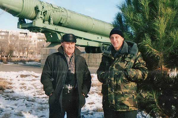 Двадцать лет под руководством Германа Титова проработал на Байконуре наш земляк Анатолий Навельский