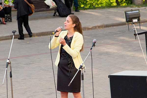 Валентина Бабурова — аккордеонистка, исполнительница и просто хороший человек
