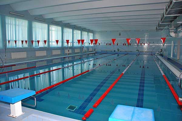 ФСК «Нива» организует посещение бассейна