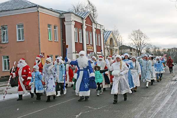 В Толочине выберут лучших Деда Мороза и Снегурочку