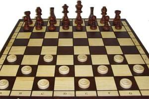 Толочинские любители шашек и шахмат посетили Круглое