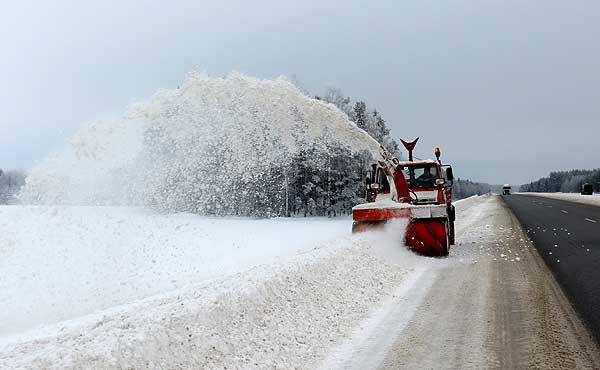 Падчас снегападаў на цэнтральных дарогах захоўвалася штатная сітуацыя