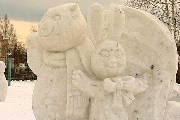 В Толочинском районе проводится конкурс фигур из снега