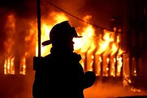 Огонь разбушевался: очередной пожар произошел на территории района