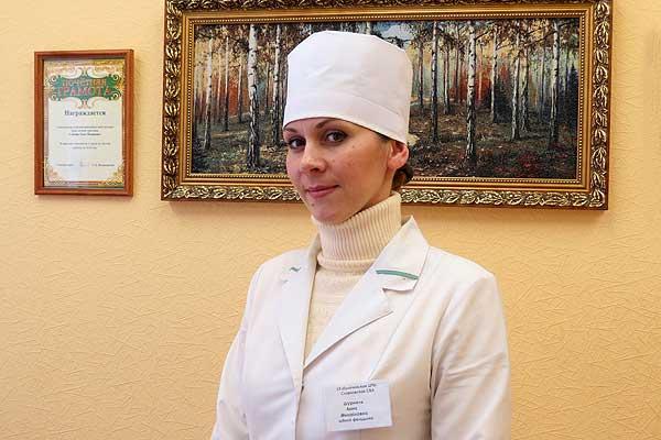 Попадая под обаяние славновского стоматолога Анны Шурмель, люди соглашаются на лечение