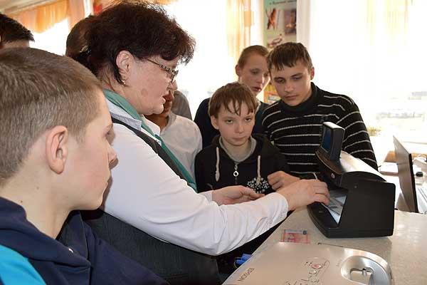 Подробнее о важном: сотрудники Беларусбанка встретились со школьниками района