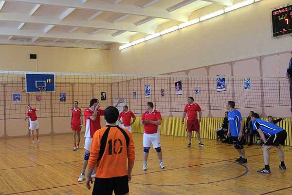 Волейболисты разыграли награды районного первенства