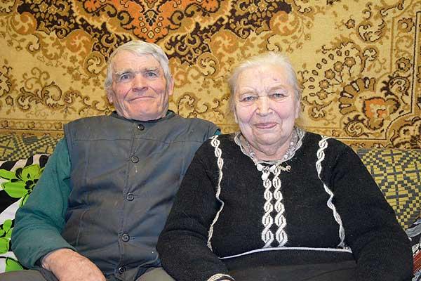 В Рафалово гордятся своими односельчанами Брониславом и Софьей Дерковичами
