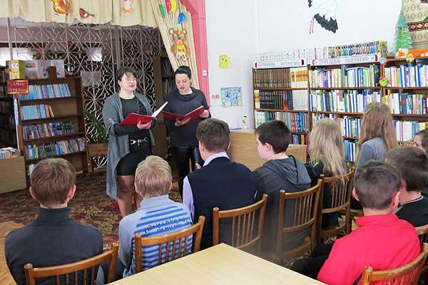 В городской детской библиотеке рассказали толочинским школьникам о трагических событиях на ЧАЭС