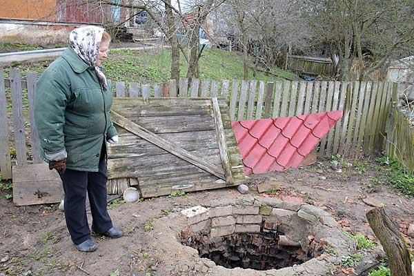 В плену стихии: кто поможет жителям Серковиц завершить ремонт канализации?