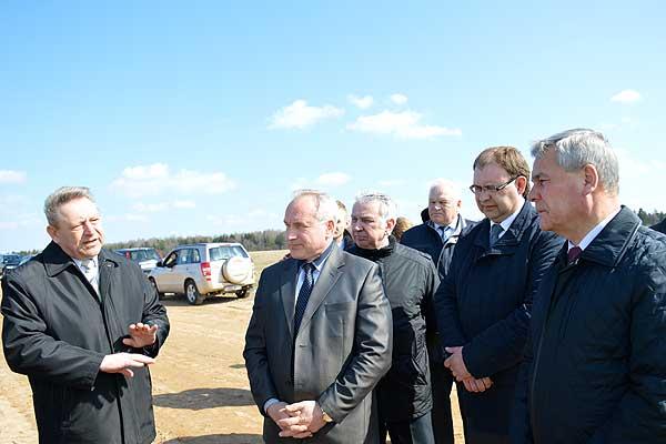 Толочинский район посетили спикер парламента и губернатор Витебской области