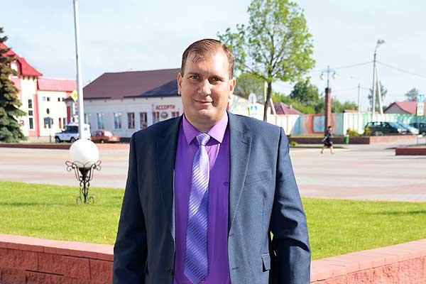 Михаил Гавриченко: главная задача для коммунальщиков — снижение себестоимости при повышении качества оказываемых услуг