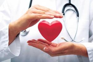 Медицинские работники измерят артериальное давление и дадут консультацию