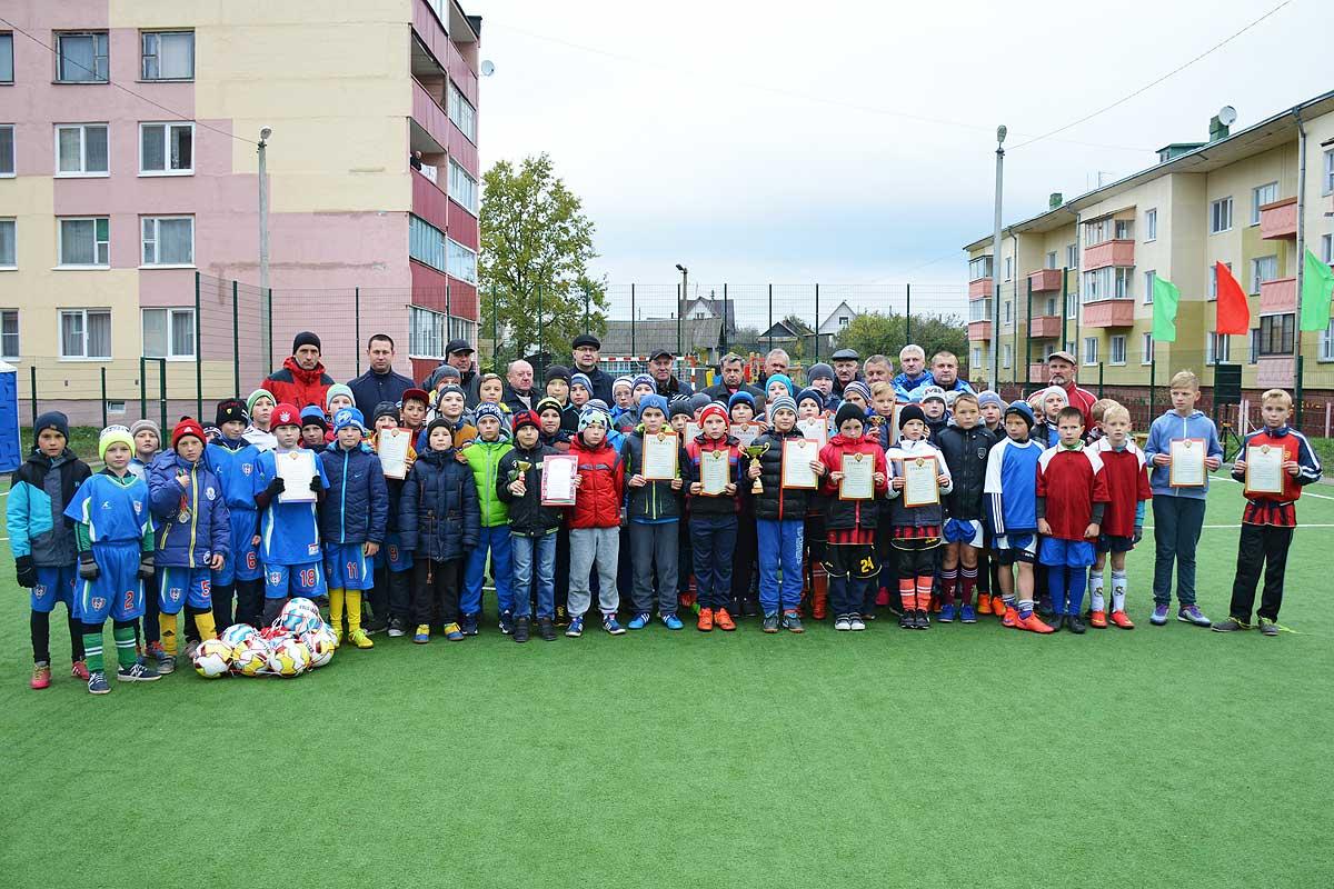 Турнир на призы Георгия Кондратьева собрал в Толочине юных футболистов (+фото)