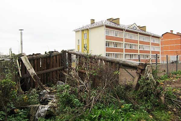 Порядок нужен как воздух: некоторые заброшенные объекты в Толочинском районе представляют реальную опасность для жизни людей (+фото)