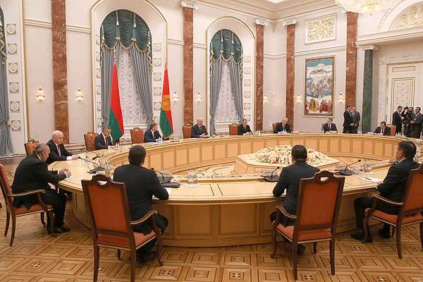 Тема недели. Лукашенко: интеграционные проекты должны приносить реальную пользу народам