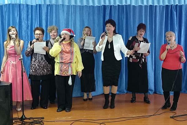 Наши песни хороши, мы поем их для души: кохановские артисты посетили с концертом Рацево