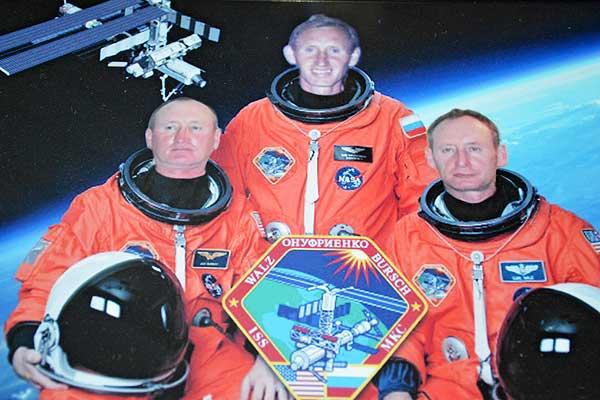 В толочинской деревне свои космонавты