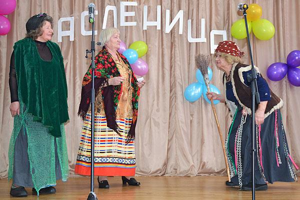 """Клуб """"Ветеран"""" показал театрализованное представление толочинским школьникам"""