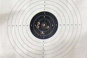 В Толочине прошли районные соревнования «Снежный снайпер»