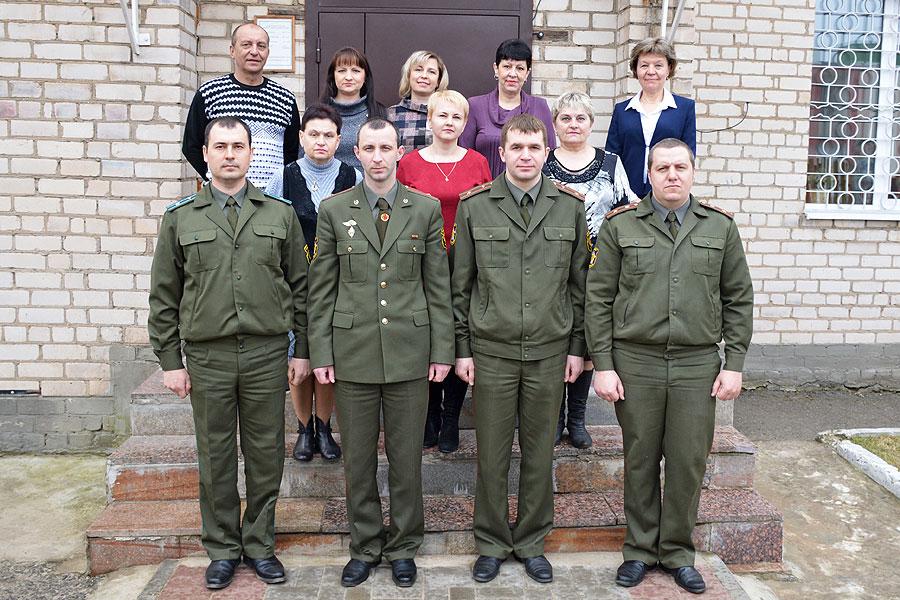 Сила — в единстве поколений: сегодня — День сотрудников военных комиссариатов