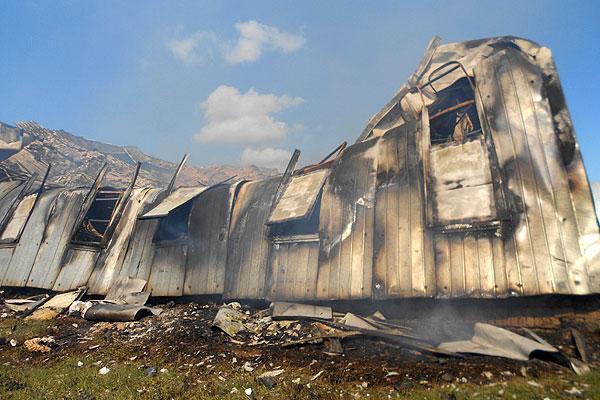 В Толочине огнем уничтожено складское помещение консервного завода