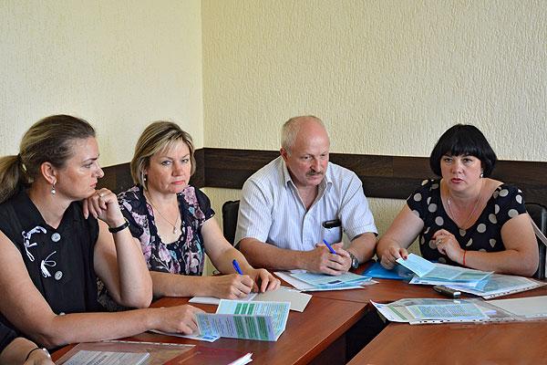 В Толочине обсудили вопросы по созданию площадки для общения и совместной занятости людей с ограниченными возможностями