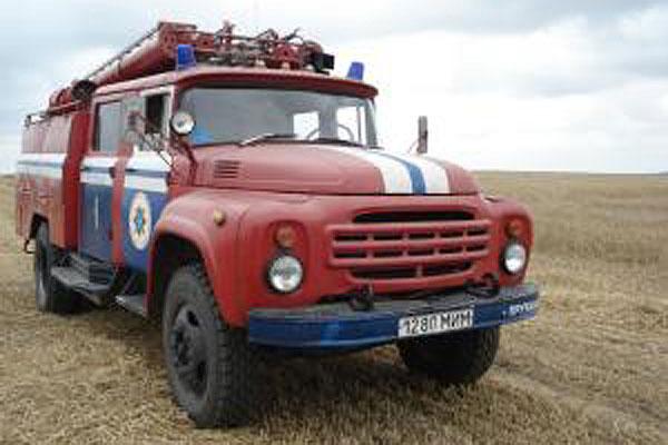 Сбережем хлеб от огня: толочинские пожарные проверили сельхозорганизации района