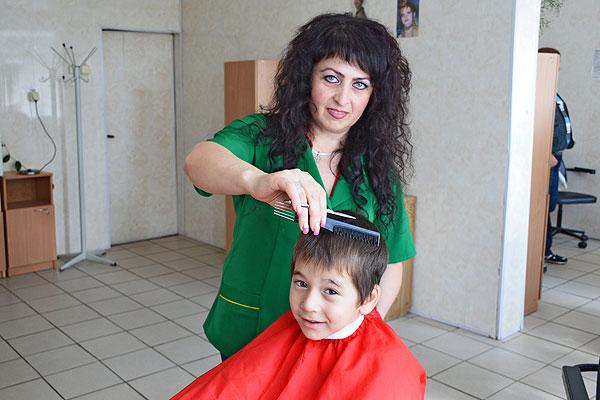 У толочинского парикмахера Галины Вилюм природный дар создавать красоту