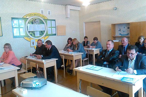 В школах Толочинского района вводятся электронные дневники и журналы