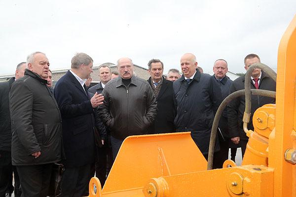 Тема недели: развитие местных дорог в Беларуси