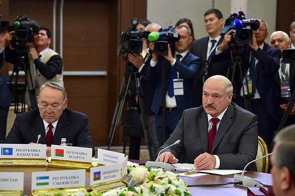Тема недели: Лукашенко принял участие в саммитах глав государств СНГ и ЕАЭС