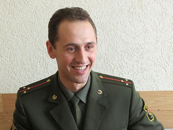 Толочинец Евгений Козлович реализовал мечту юности и стал офицером
