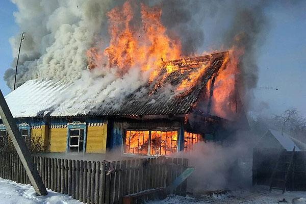 Два пожара в один день произошло в Толочинском районе