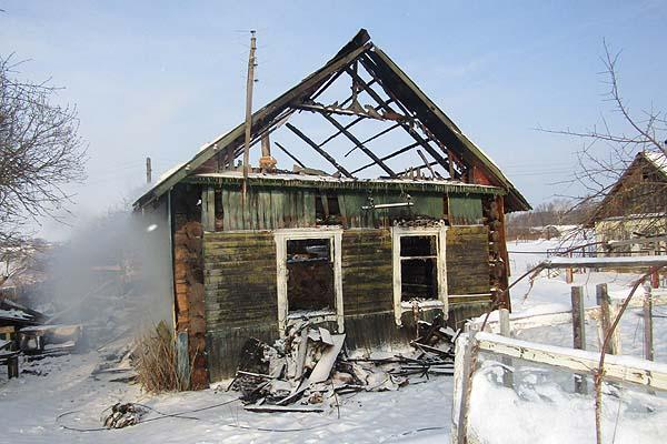 В Коханово в результате пожара поврежден жилой дом