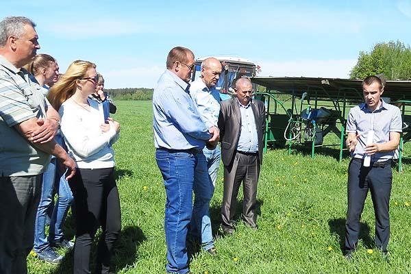 На пастбище самое время наверстать упущенное: специалисты сельскохозяйственной отрасли Толочинского района обсудили в Друцке вопросы животноводства