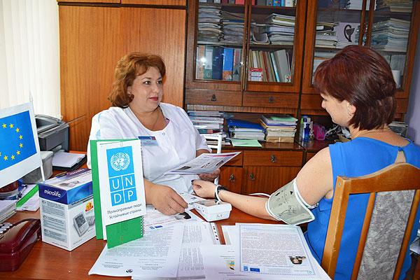 Местная инициатива: в Толочинском районе определены населенные пункты, куда будут переданы приборы для измерения артериального давления