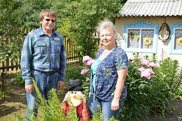Александр и Тамара Сипаковы из поселка РТС создали у себя настоящий райский уголок